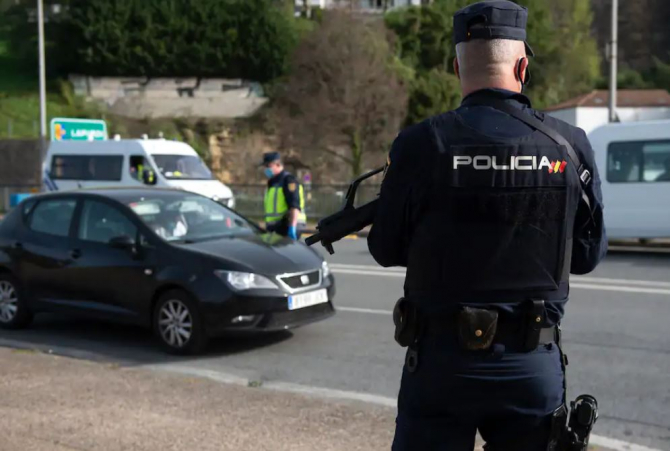 spania un sofer care a condus pe contrasens pe autostrada urmarit de politisti