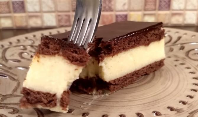 """Tort """"Lapte de pasăre"""": Cel mai fin desert pe care l-ați putea pregăti de Paște. Deliciu și rafinament în aceeași farfurie"""