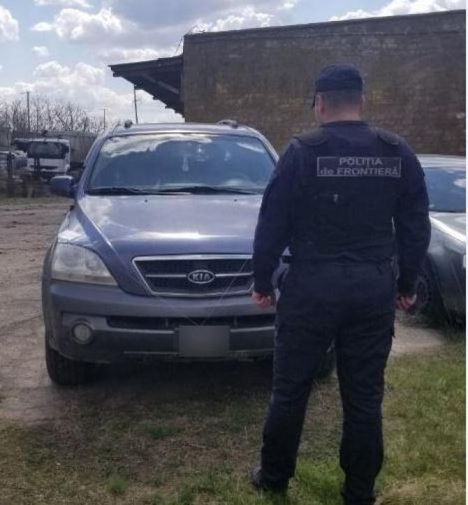 Un barbat risca o amenda uriada dupa ce a pus numere nationale la un automobil adus din strainatate