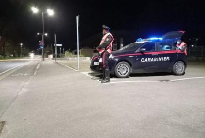 Un moldovean a fost injunghiat de un prieten de pahar