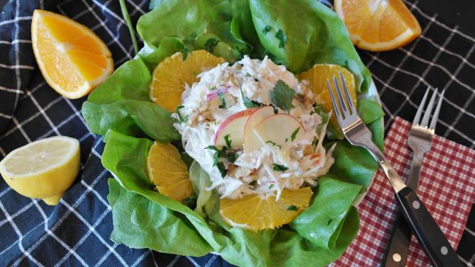 Waldorf, salata creată pentru a comemora sosirea primăverii. Rețeta savuroasă a unui preparat vedetă