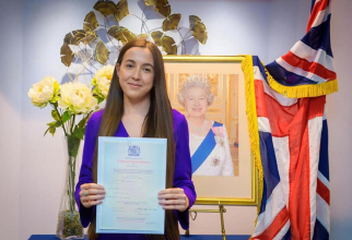"""Marea Britanie. Prima româncă aleasă consilier judeţean """"Gândesc în engleză. Nu mă văd întorcându-mă în România"""""""