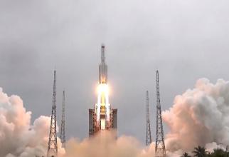 Rachetă chinezească scăpată de sub control, se prăbușește și ar putea ateriza într-o zonă locuită
