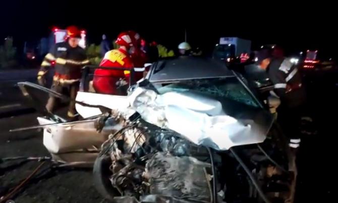 Accident mortal, în județul Galați. O persoană a murit, după coliziunea dintre două mașini