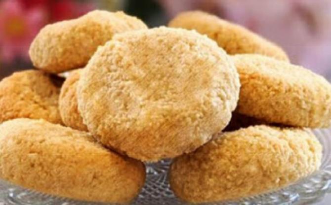 Biscuiți fără făină, din două ingrediente. O porție are doar 60 de calorii. Repede, ușor și delicios