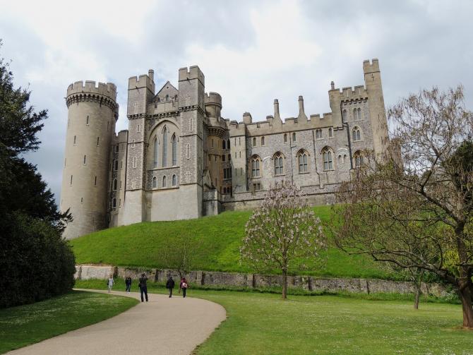 Castelul Arundel (sursa foto: Pixabay)