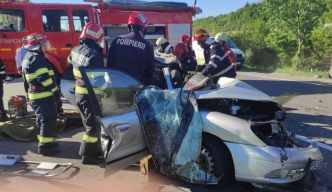 Cine sunt cele cinci victime ale accidentului de pe DN1. Martor - A fost viteză sau a adormit cineva la volan Sursa IUS Prahova