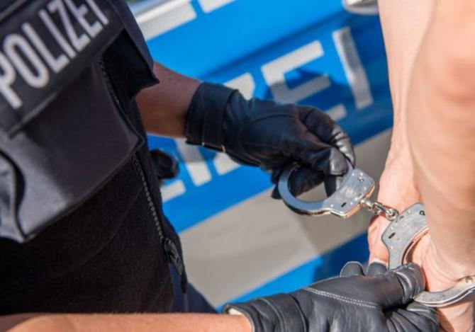 Germania. Un român, acuzat de furt, arestat de poliția federală. Tânărul, obligat să achite și o amendă