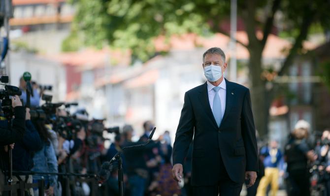 """Iohannis, mesaj pentru cadrele medicale: """"Fiecare epocă își are propriii săi eroi"""""""