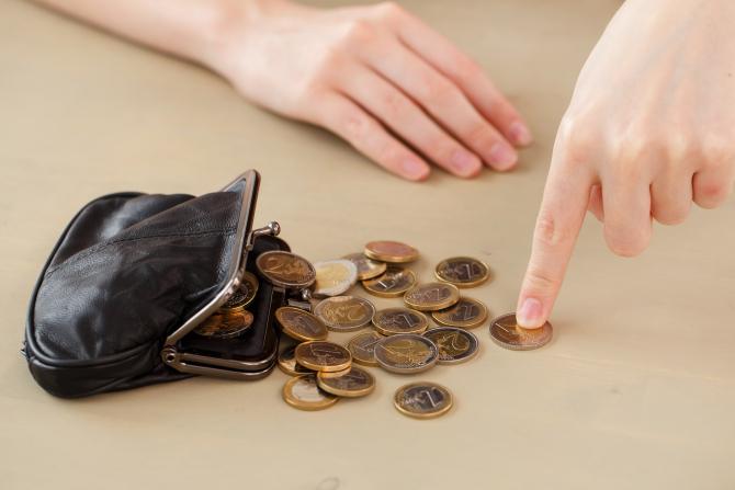 Raluca Turcan a spus la cât va ajunge salariul minim pe economie