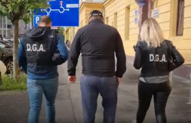 Percheziții de amploare la Sibiu. 25 de polițiști sunt suspectați de fapte de corupție
