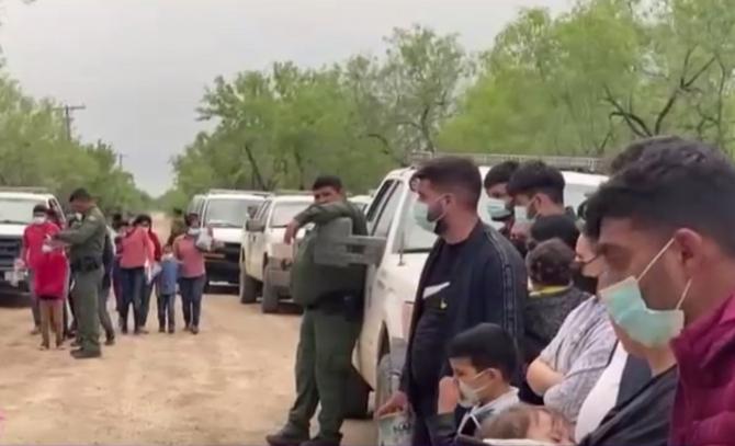 Românii s-au alăturat valului de migranți care încearcă să intre în SUA prin Mexic