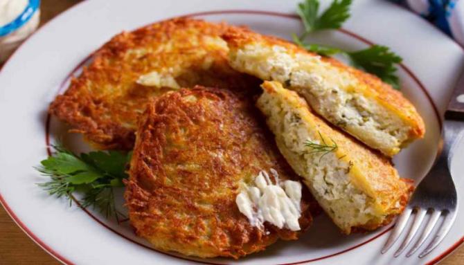 Șnițele de cartofi cu ricotta. O rețetă perfectă pentru un aperitiv delicios