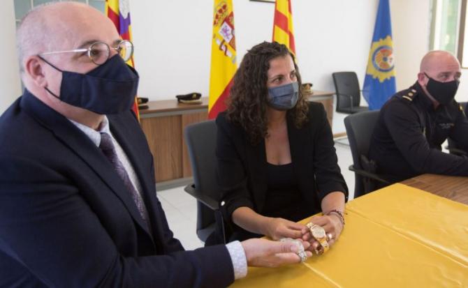 Spania. Două ceasuri de lux, de sute de mii de euro, furate de un român și complici săi