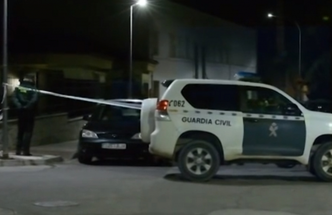 Spania. Româncă, ucisă violent de iubitul ei. Apoi a sunat la Poliție să anunțe crima