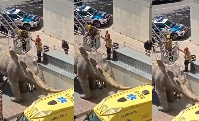 Spania. Trupul neînsufleţit al unui bărbat, găsit într-o statuie. Polița a demarat o anchetă