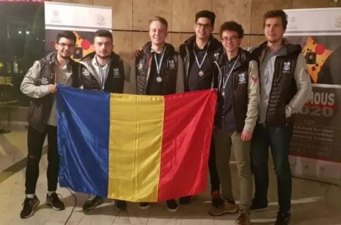 Studenți români, pe podiumul unui concurs internațional de matematică SURSA TUIASI