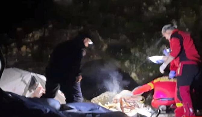 Tânăr român, tăiat într-o peșteră: Victima trebuia să fie acasă, în carantină COVID-19