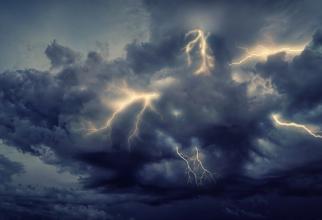 Ciclonul a lovit deja primele localități din România! Zonele care vor fi afectate orele următoare