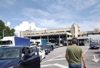 Cozi kilometrice la intrarea în Grecia. Românii au așteptat câteva ore pentru a trece granița la Kulata - Promachonas