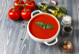 Gazpacho, rețeta care nu vă poate lipsi vara din meniu! Supa faimoasă la nivel mondial, perfectă pentru hidratare