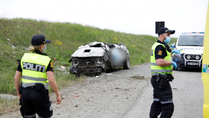 2. -imagine fara descriere- (accident-norvegia.jpg)