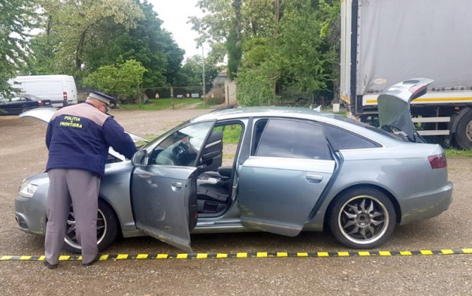 Audi A6, furat din Marea Britanie, descoperit la Botoşani