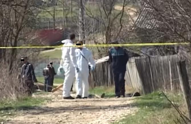Doi soţi români, ucişi în propria casă: Femeia a fost mai întâi violată de călău, apoi i-a omorât în mod brutal pe amândoi