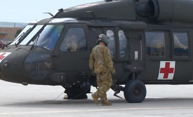 Elicopter militar Black Hawk, prăbușit. Mai multe persoane au murit