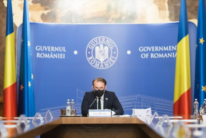 """Florin Cîţu: """"Guvernul a stabilit majorarea alocaţiei pentru copii începând din anul 2022"""""""
