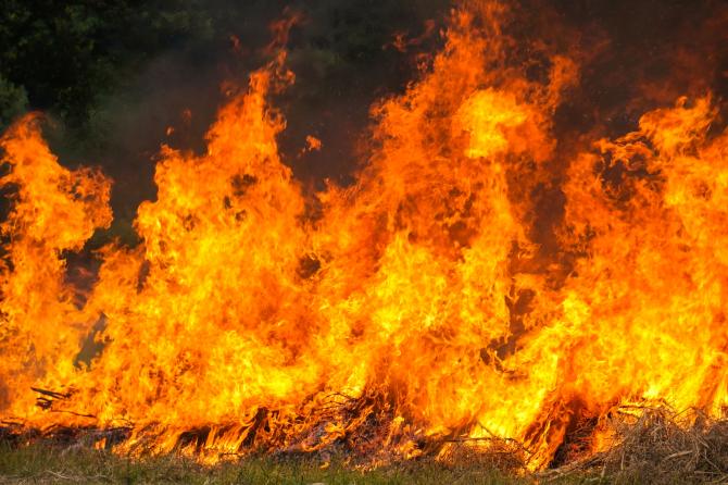 Incendiu devastator la o școală de arte marțiale. Cel puțin 18 morți, majoritatea copii