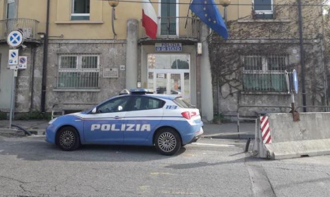 Italia. Turiști, jefuiți de doi români, în Torino. O minoră a dat alarma