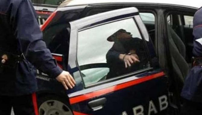 Italia. Un moldovean a încercat să intre, prin efracție, în biroul unui contabil