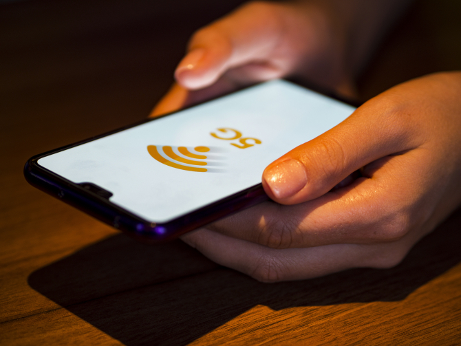 Proiectul legii 5G, care ar scoate Huawei de pe piața românească de telecomunicații, adoptat