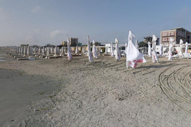 Reguli anti-COVID pentru românii care vor merge pe plajă în această vară