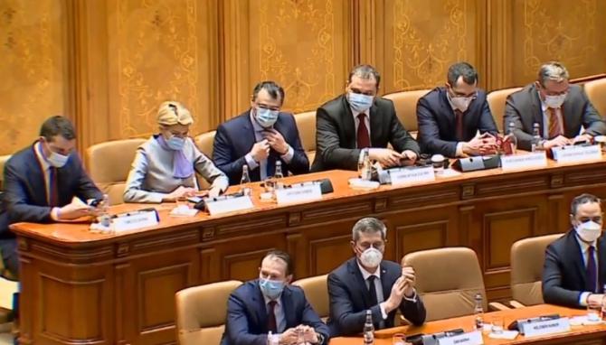 """Românii din Italia cer scoaterea de la guvernare a USR-PLUS: """"Cea mai mare păcăleală din ultimii 31 de ani!"""""""