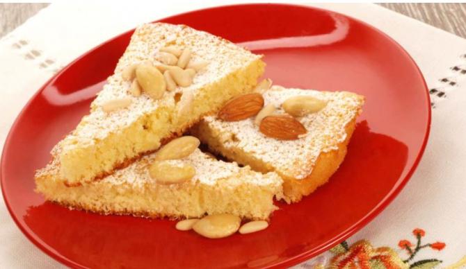 Tort de nuci și migdale. Un desert delicios, care merită încercat