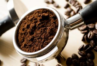 Zaţ de cafea: Top ZECE utilizări inteligente pentru casa şi grădina ta! (sursa foto: Pixabay)