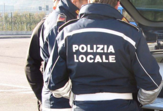 Italia. O româncă, mamă a trei copii, a jefuit bărbat de 99 de ani. I-a smuls ceasul de aur de pe braț, dar a fost prinsă