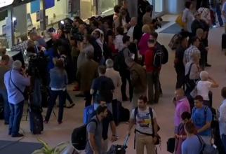 Sute de români, afectați după ce două avioane s-au defectat pe Otopeni. Zboruri întârziate