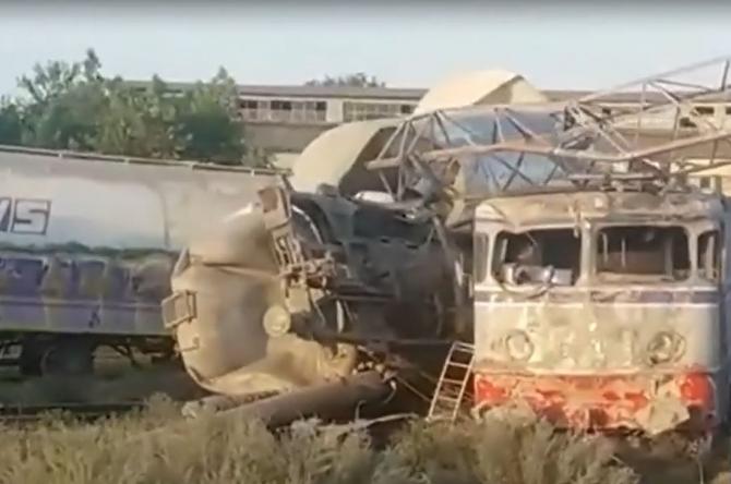 Accident feroviar, la Fetești. Calea ferată spre mare e blocată, după ce două trenuri de marfă s-au ciocnit