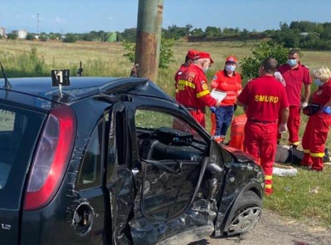Accident grav. O româncă a murit, un copil de 3 ani a fost rănit, iar traficul pe DN1 este îngreunat