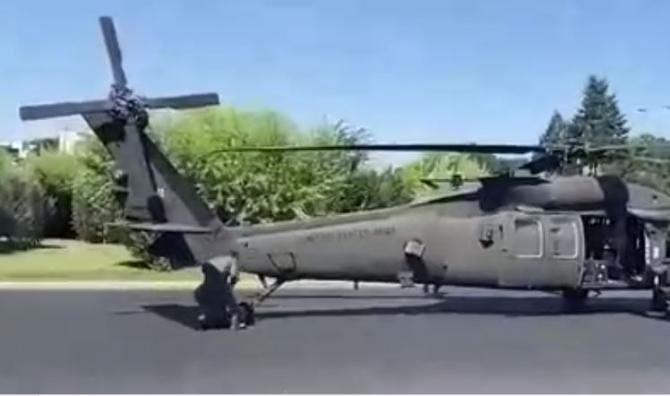 Ambasada SUA, reacție după ce un elicopter Black Hawk american a aterizat în piaţa Charles de Gaulle din București