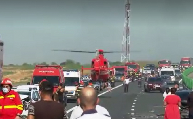 """Cauza carambolului de pe A2. Șofer român: """"Mergeam cu 90 de km/h şi dintr-o dată am văzut numai lumini roşii"""""""