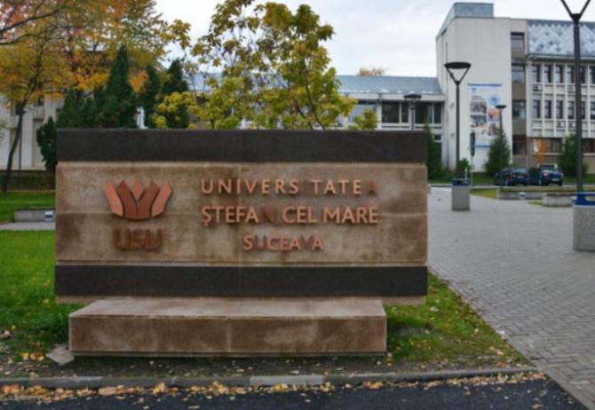 Doi tineri români au vrut să se înscrie la facultate cu diplome de bac false