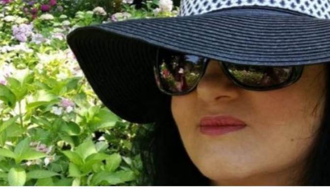 Elveția. Povestea româncei Alinei, văduva unui nume mare din industria cinematografică Am văzut întunericul. Ajută-mă