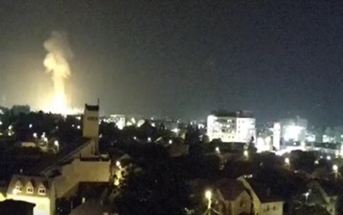 Explozie urmată de incendiu la Combinatul Chimic Azomureș