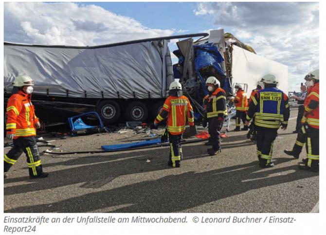 Germania. Un șofer român de TIR a provocat un accident în lanț pe o autostradă: Pagube uriașe. FOTO: captură tag24.de