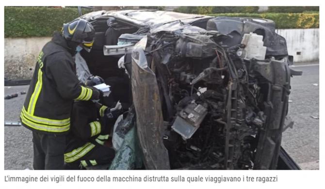 2. Italia. RO... (italia--roman--mort-intr-un-accident-cumplit--adrian-nu-a-mai-avut-nicio-sansa.jpg)