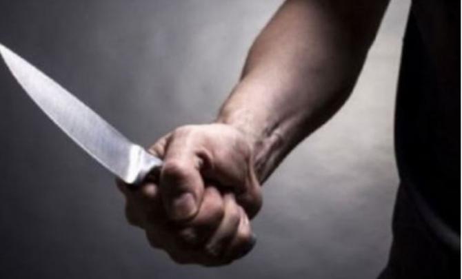 Italia. Româncă, amenințată și atacată de fostul soț cu un cuțit Te omor. Îți voi tăia gâtul